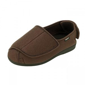 Wide fitting slippers